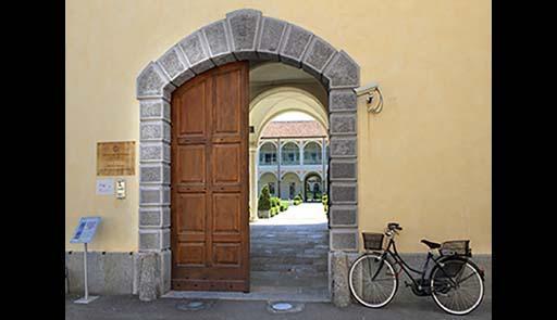 ingresso sede Polo di Saviglian